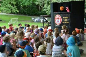Children's Entertainment, Children's Entertainers, Party Entertainment For Hire | Puppet Show, Puppetry Workshops - Fetes and Festivals, Brisbane Botanic Gardens Mt Coot-tha