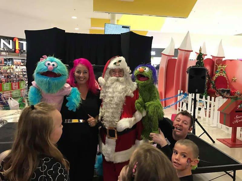 Puppet Show - Shopping Centres - Larrikin Puppets - Live Entertainment - Santa's Arrival - Plaza