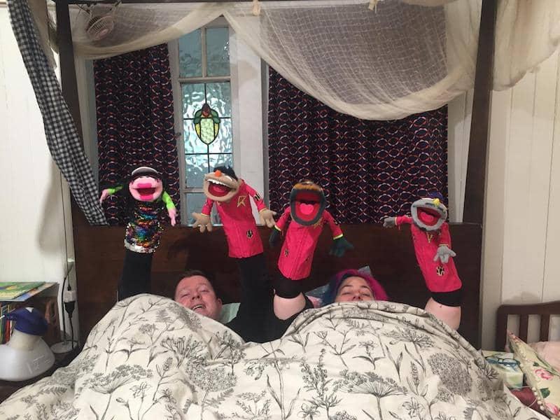 Larrikin Puppets - Film and TV puppetry - Regurgitator's Pogogo Show