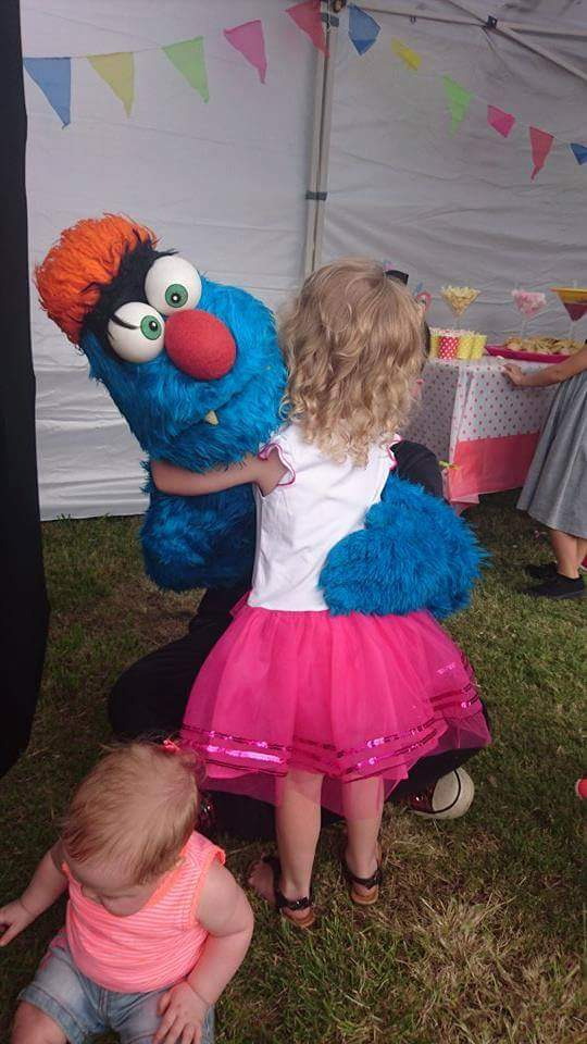 Puppet Show - Kids Birthday Parties - Larrikin Puppets - Brisbane - 3rd birthday party