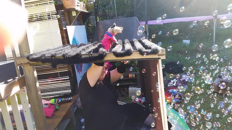 Behind The Scenes Puppeteers - Regurgitator Pogogo Show - Best Friends Forever Music Video